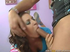 Stephanie Richards blowing a long hard dick