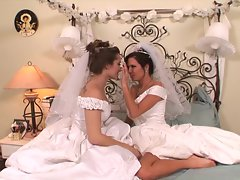 Hot brides Dani Daniels and Veronica Avluv pussy play