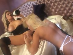 Jenna Jameson and Jana Cova lick on each others hot wet cuny holes
