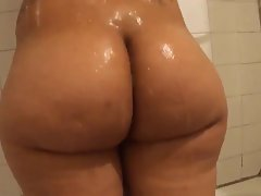 Phat Creamy Naughty butt