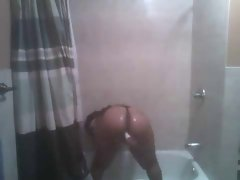 Sexy Shower Dance By A Round Ass Honey