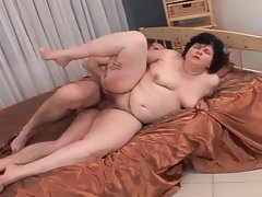 Chubby mature minx spreading pussy for young hottie