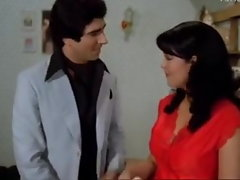 Zeenat Aman Screwed By a Basterd Chap